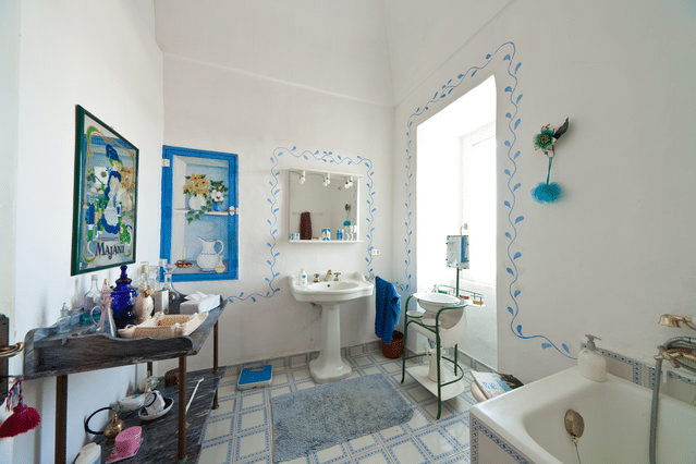 Masseria Murgia Albanese - Salle de bain de la Chambre Blanche